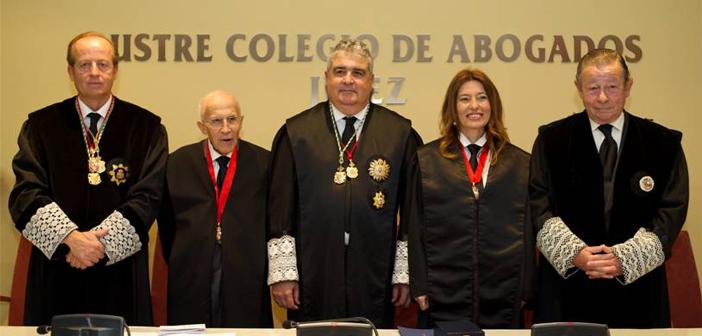 Acto de imposición de distinciones concedidas por el Consejo General de la Abogacía Española