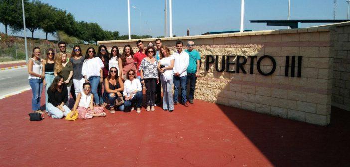Alumnos del V Máster Oficial en Abogacía visitan el centro penitenciario de Puerto III