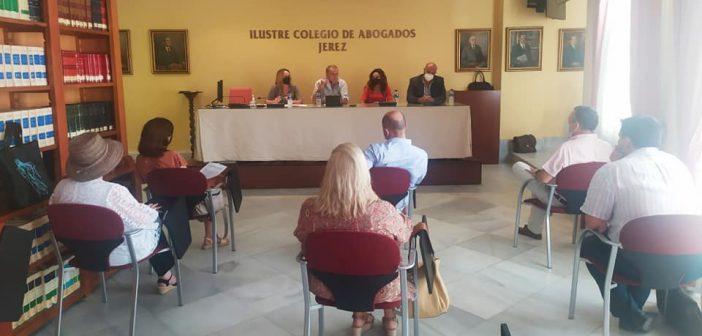Reunión para informar de las gestiones e iniciativas para la mejora del servicio de Asistencia Jurídica Gratuita
